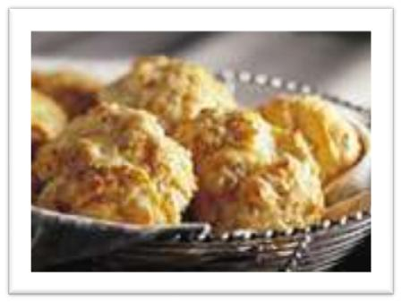 Easy Cheddar Herb Biscuits from ItsYummi.com