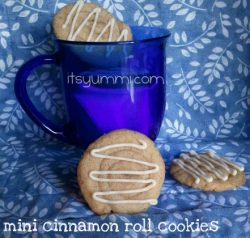 Mini Cinnamon Roll Cookies - Recipe from ItsYummi.com