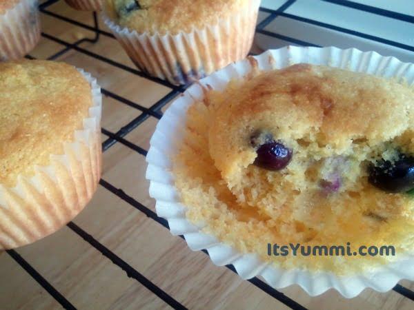 Blueberry Lemon Cornmeal Muffins