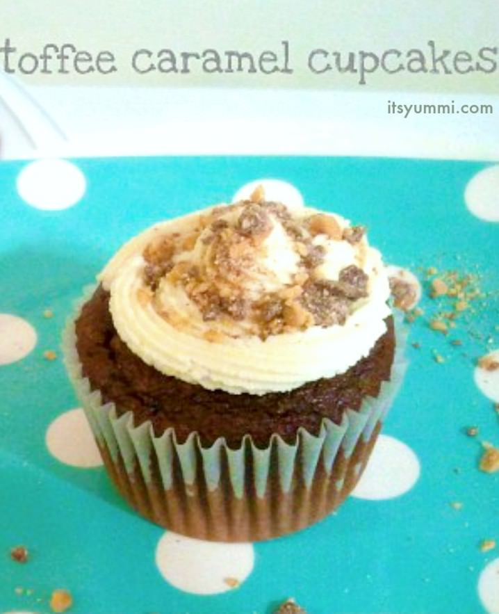 Toffee Caramel Brownies from ItsYummi.com - in cupcake form for faster baking!