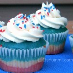 Patriotic recipes don't get much more fun than these Old Glory patriotic cupcakes! They're a fun snack or dessert for the 4th of July or Memorial Day. Get the recipe from ItsYummi.com