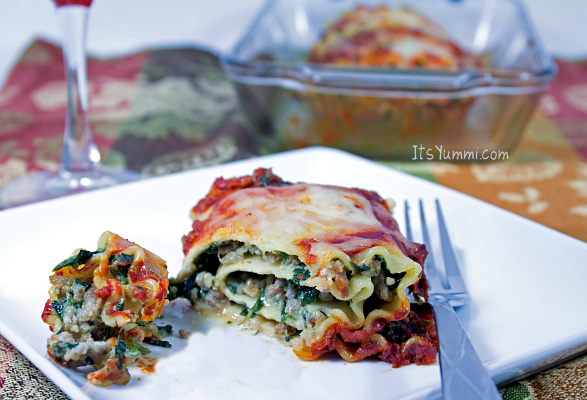 Spinach & Sausage Lasagna Roll-ups from ItsYummi.com  #Recipe