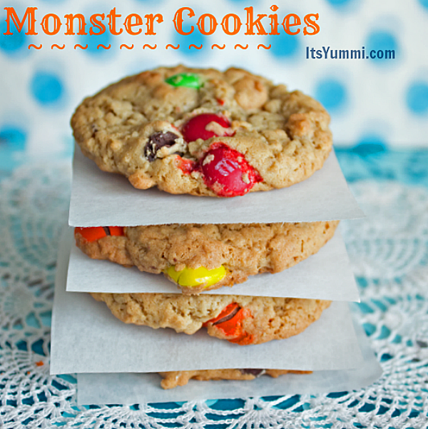 monster cookies from ItsYummi.com #recipes #cookies