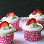 Strawberry Banana Cupcakes from ItsYummi.com #Recipe #Cupcakes #KidFriendly