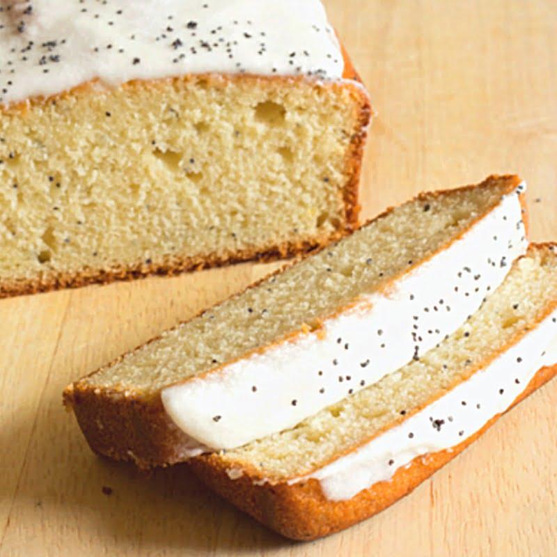 Lemon Poppy Seed Bread {Quick Bread Recipe}