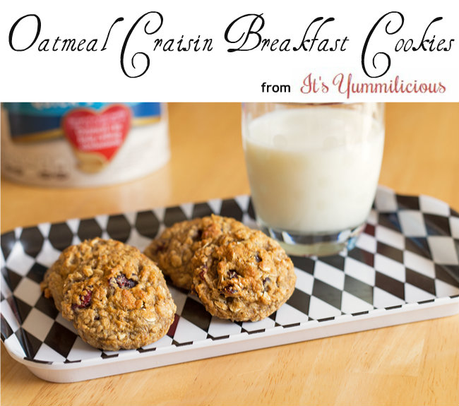These healthy Cranberry Oatmeal Breakfast Cookies from ItsYummi.com are a healthy morning breakfast when you're on the go and a nice treat any time of day! #recipe
