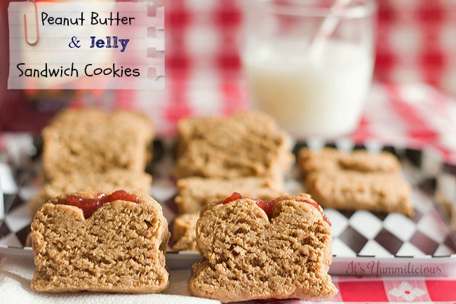 Put some fun into your lunchbox with these Peanut Butter & Jelly Sandwich Cookies from ItsYummi.com #recipe #cookies