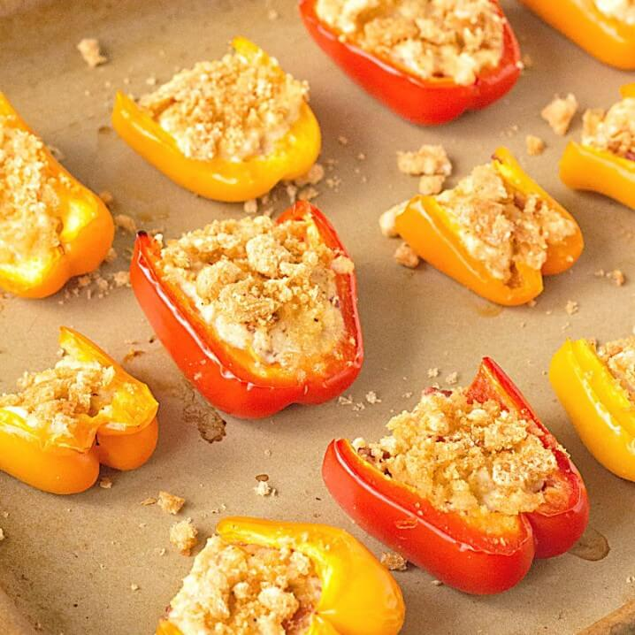 Low Carb Bell Pepper Sliders with Crab and Bacon - Sweet bell peppers are topped low carb ingredients and baked up until they're crispy. Perfect low carb game day appetizer or snack! Recipe on itsyummi.com