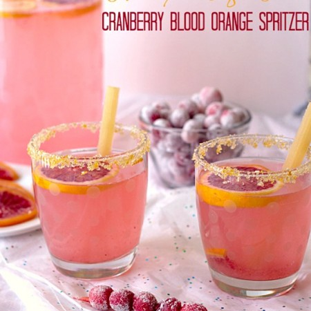 This Cranberry Blood Orange Spritzer from It's Yummi is healthy AND sugar free! #shop #MyPicknSave