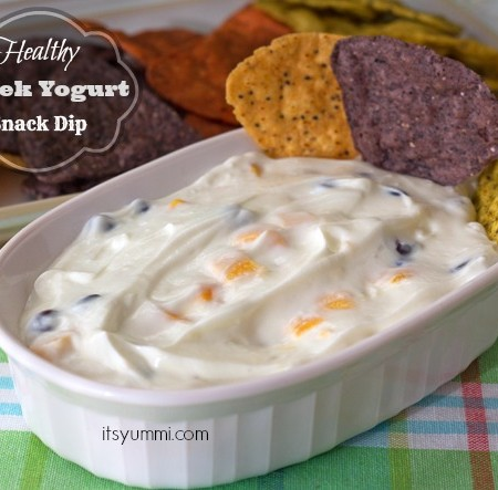 Healthy Greek Yogurt Snack Dip Recipe with Mango & Black Beans from ItsYummi.com #healthysnack #CleanPlateClub