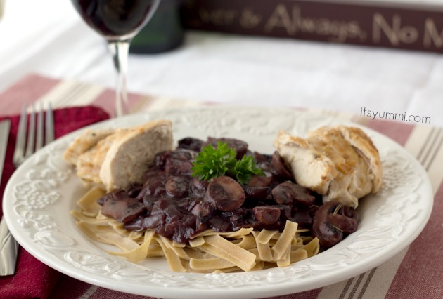 Low Carb Chicken and Mushroom Bourguignon Recipe from It's Yummi.com