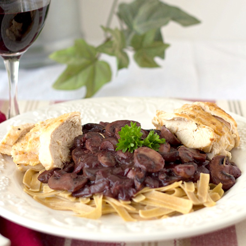 Mushroom Chicken Bourguignon - A healthier version than beef bourguignon, this easy to make dinner is just as delicious as the traditional version!