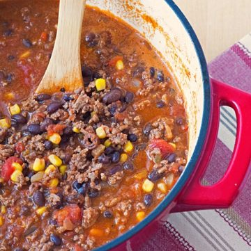 pot of bison chili with black beans