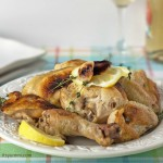 This heart healthy garlic roasted chicken recipe from ItsYummi.com will fill your home with the aroma of fresh rosemary, thyme, and 40 cloves of garlic, and it's SO yummi, too!