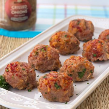 These baked turkey meatballs from @itsyummi are perfect as an appetizer OR a main dish!