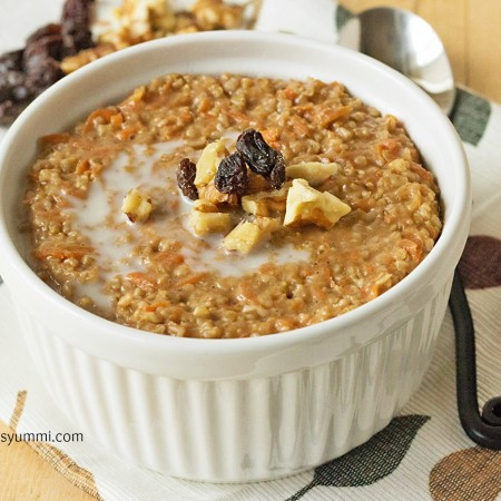 Steel cut oatmeal flavored with raisins, carrots, and walnuts, then cooked up so it tastes like a slice of creamy carrot cake. And it's HEALTHY!   ItsYummi.com