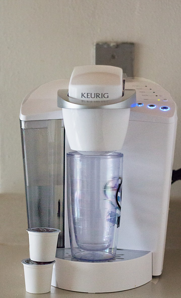 how to brew iced coffee with a Keurig brewing machine BrewItUp BrewOverIce shop 718x1181 How Do I Make Iced Coffee With My Keurig