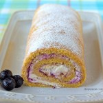 Blueberries 'n Cream Roll Cake from ItsYummi.com