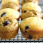 Blueberry Lime Protein Muffins - a healthy start to the morning! Recipe from @itsyummi