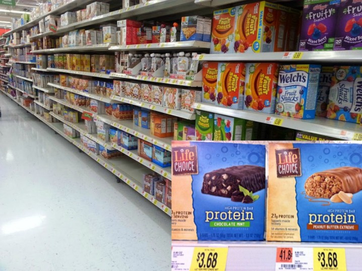 Life Choice Protein Snack Bars are available at Walmart stores #BarNutrition