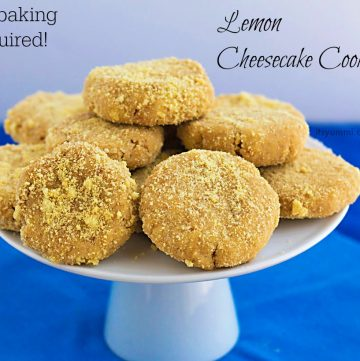 No oven needed to make these easy no bake desserts! Only 5 ingredients & 10 minutes to make! Get the recipe for no bake lemon cheesecake cookies from itsyummi.com