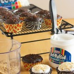 These cupcakes are crazy good! Wired Piggy S'mores Cupcakes from ItsYummi.com #PackedWithSavings #shop