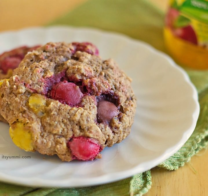 Peanut Butter Applesauce Cookies from ItsYummi.com These moist cookies are packed with peanut butter M&M's and they're made with apple sauce to keep the fat and sugar content a bit lower.