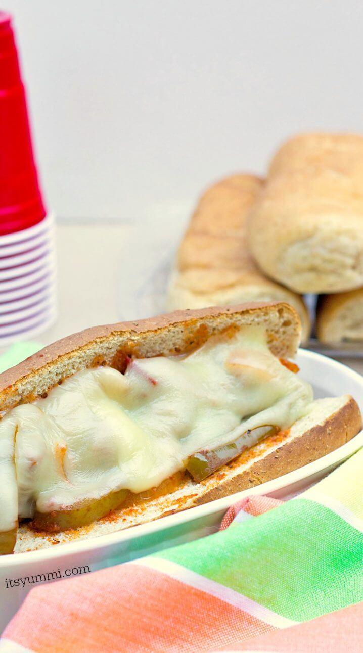 Slow Cooker Meatball Sandwich Recipe, from @itsyummi