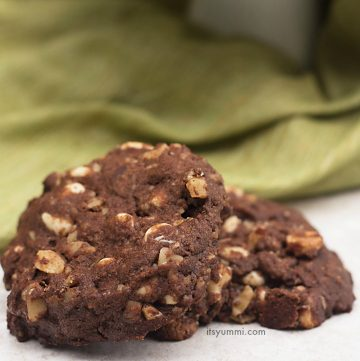 Triple Chocolate Cookies from ItsYummi.com