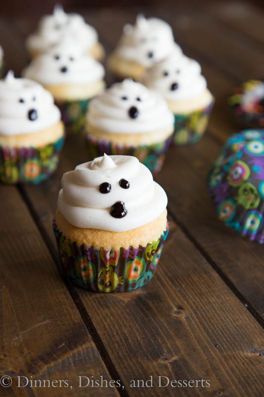 Fun Halloween Cupcake Recipe Roundup - Ghost Cupcake from Dinners Dishes & Desserts