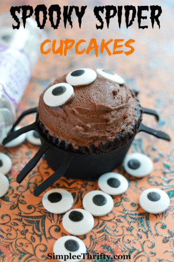 Fun Halloween Cupcake Recipe Roundup - Spooky Spider Cupcake from Simplee Thrifty