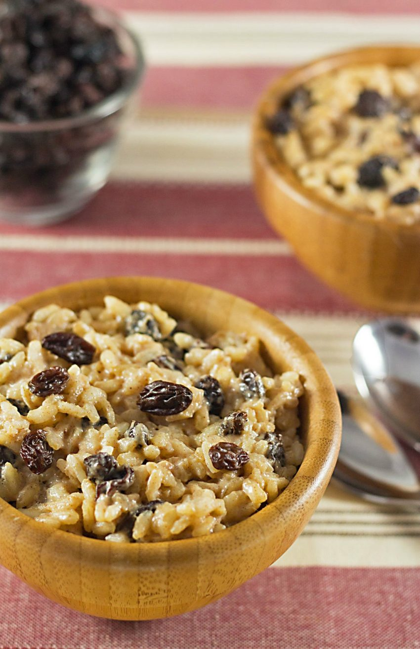 This easy eggnog-raisin rice pudding with raisins and eggnog has NO added sugar! It's naturally sweet, making it a great holiday dessert. Recipe on ItsYummi.com