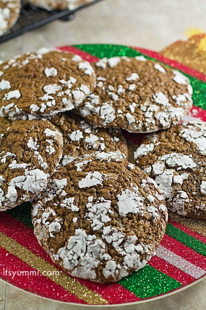 a plate of low carb Christmas cookies