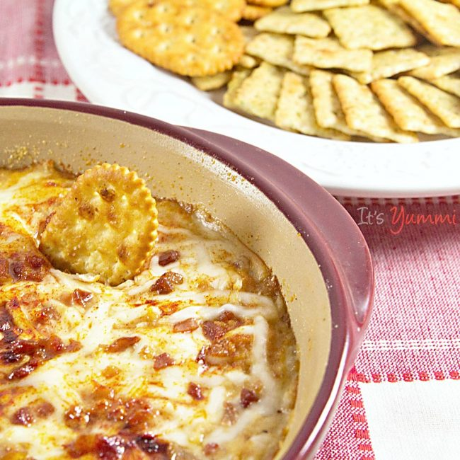 hot clams casino dip with crackers
