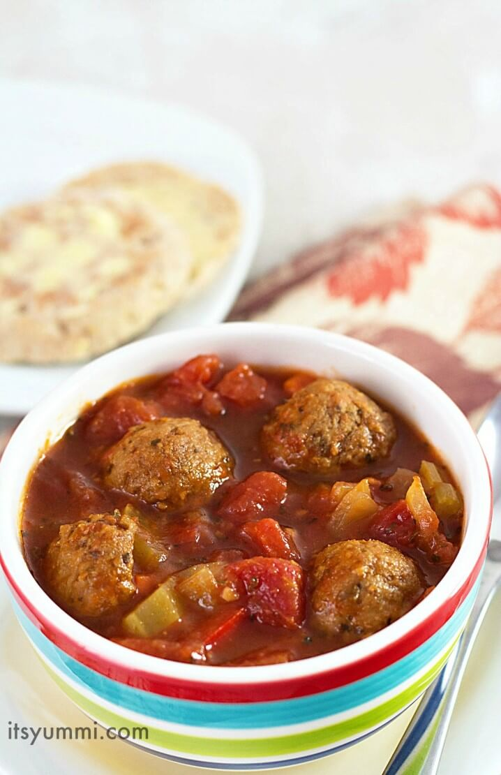Slow Cooker Italian Meatball Soup Recipe, from @itsyummi - A warm, comfort food soup that's easy to make and just as delicious as it looks!
