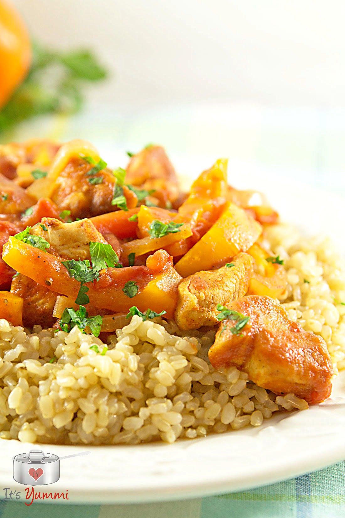 Easy Chicken Paprikash Recipe ~ ItsYummi.com