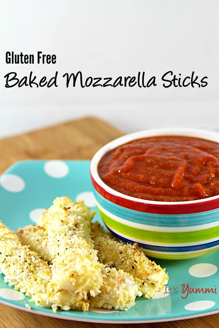 I love 15 minute recipes like these easy baked mozzarella sticks! They're a healthier option than fried and they're gluten free, too! Recipe on itsyummi.com