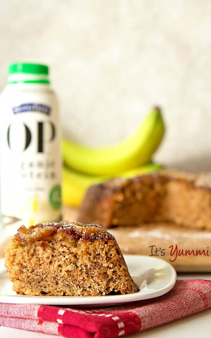 Caramelized Banana Skillet Cake Recipe - made with a Stonyfield yogurt protein smoothie so it's a healthy snack or dessert.