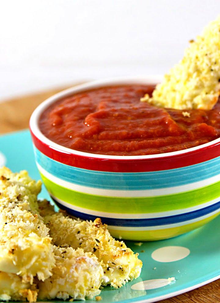15-Minute Mozzarella Sticks Recipe (Gluten Free)