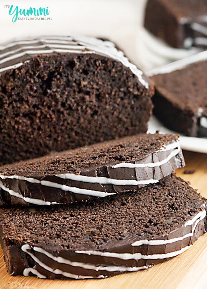Mocha Cinnamon Roll Pound Cake