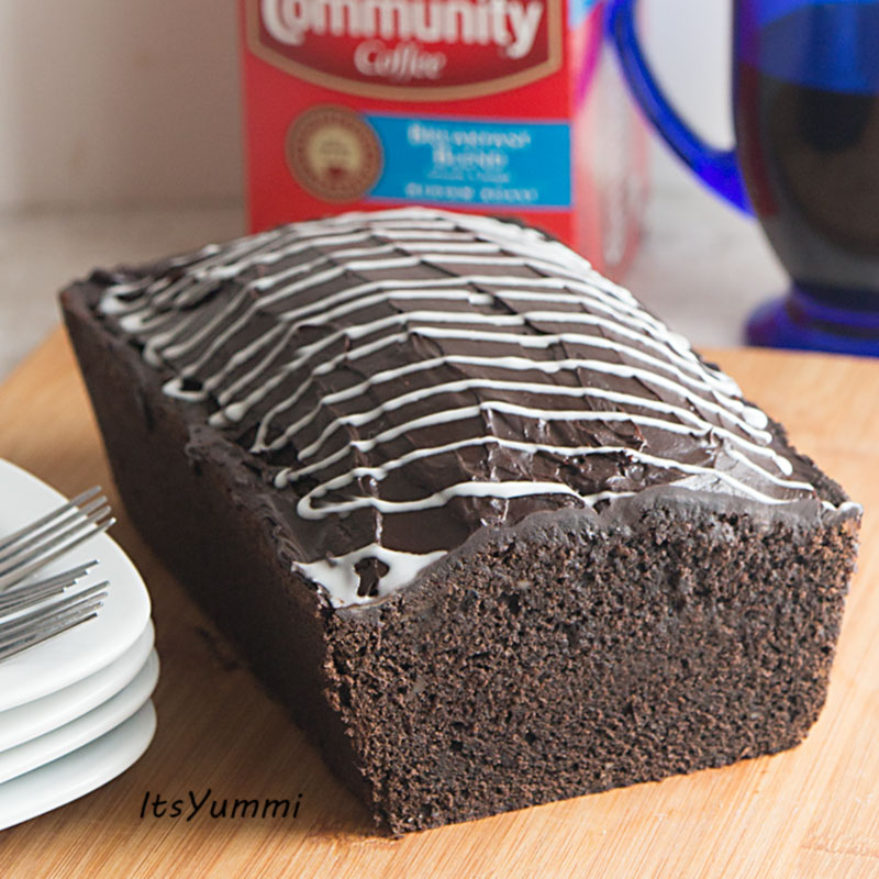 Mocha Cinnamon Roll Pound Cake - Recipe from ItsYummi.com
