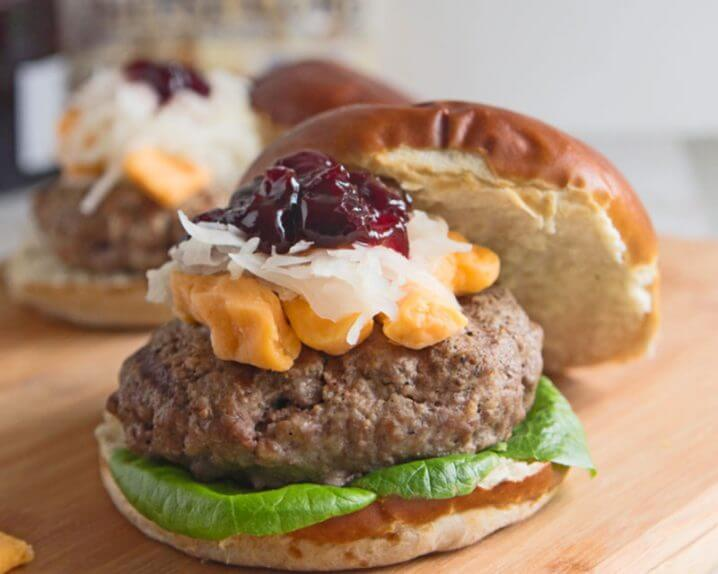 Wisconsin Grass Fed Bison Bratwurst burger - Made with fresh ingredients from Wisconsin! Get the recipe from @itsyummi