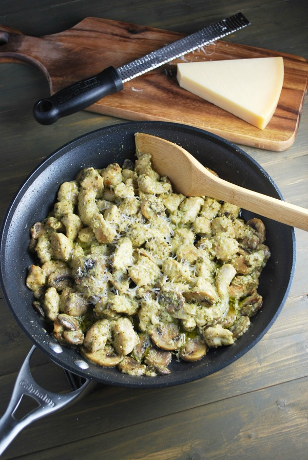 Easy chicken dinner! Skillet Pesto Chicken, from Amee's Savory Dish