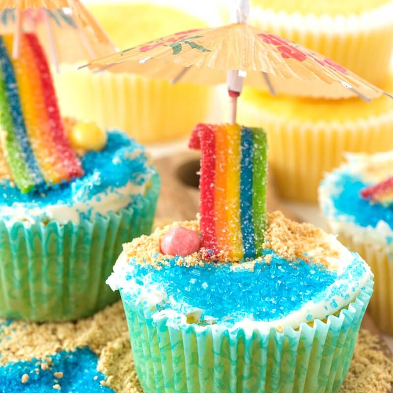 Day at the Beach Cupcakes - Summer themed lemon cupcakes decorated with a beach theme