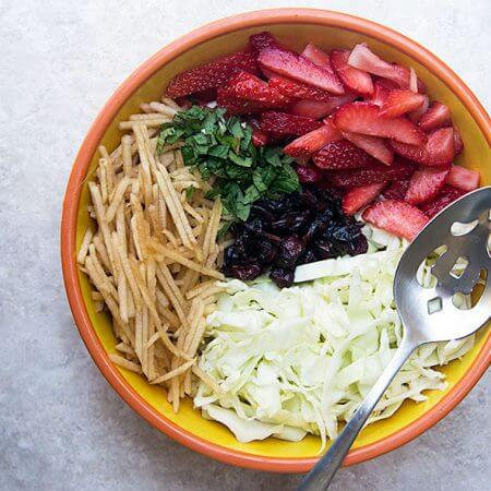 Homemade Strawberry-Apple Coleslaw {no mayo}