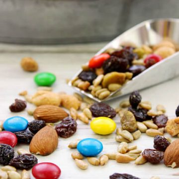 Sweet and Salty Trail Mix - an easy back to school snack recipe that kids love!