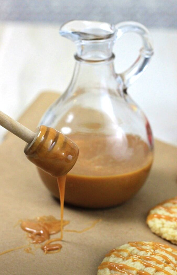 Microwave caramel sauce is the quickest way to have rich, homemade caramel sauce. No candy thermometer is needed to make this easy caramel sauce recipe, because it cooks in a microwave! #desserts