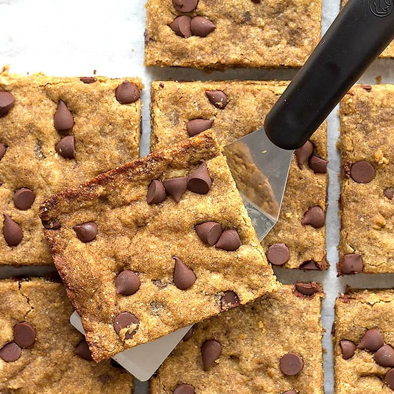 low carb brown butter blondies on serving spatula